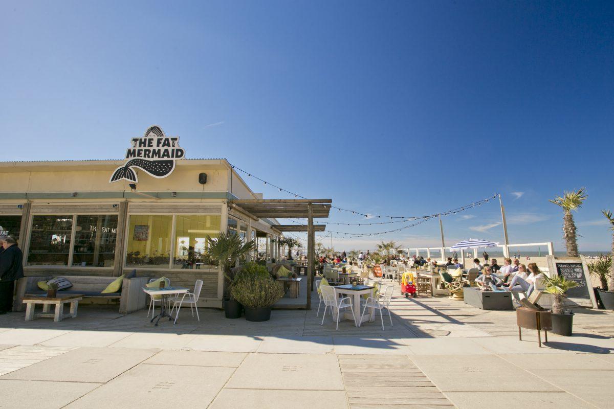 The Fat Mermaid bar on the beach